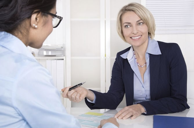 Female-boss-meeting-with-employee[669x469]